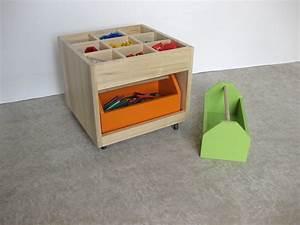 Coffre A Jouet A Roulette : coffre jouets roulettes en bois massif chambre d ~ Teatrodelosmanantiales.com Idées de Décoration