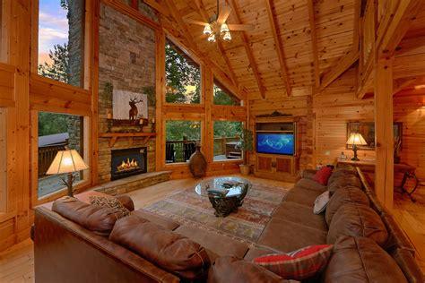 Bedroom Cabins In Gatlinburg silvercreek cabin in gatlinburg elk springs resort