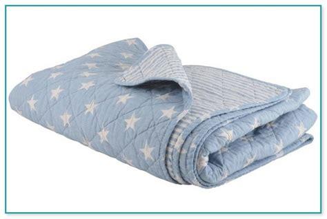 matratze für wasserbett tagesdecke f 252 r wasserbett