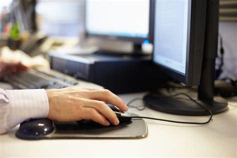 Travail à Domicile  Les Employés Se Disent Plus Productifs