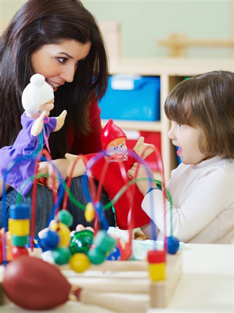 exploring  benefits  play therapy  children