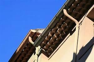 Réparer Une Gouttière En Zinc : toiture comment poser une goutti re en zinc ~ Premium-room.com Idées de Décoration