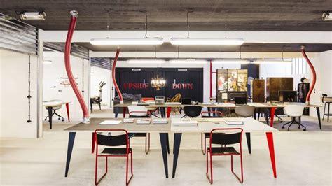 bureau des m騁hodes le garage central revisite l immeuble de bureaux en mode