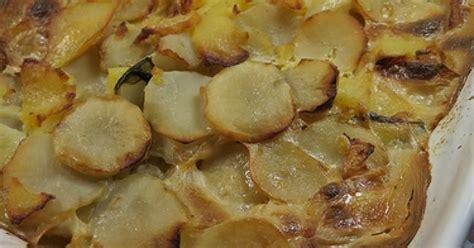 cuisiner des topinambours a la poele gratin pomme de terre topinambours ma p 39 tite cuisine
