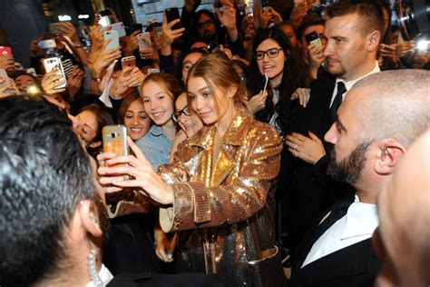 Gigi Hadid Wiki: Boyfriend, Net Worth, Parents and ...
