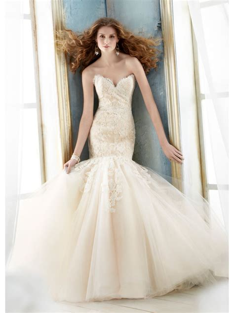 Affordable Trumpet Mermaid Sweetheart Court Train Lace