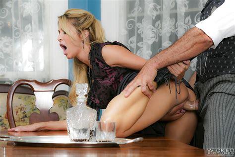 Milf Pornstar Jessica Drake Giving And Receiving Oral Sex