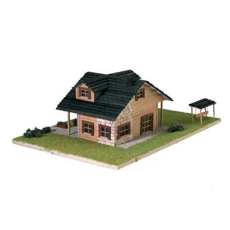 maquette maison en bois artesania 30604n maquette a monter en bois maisonnette francis miniatures