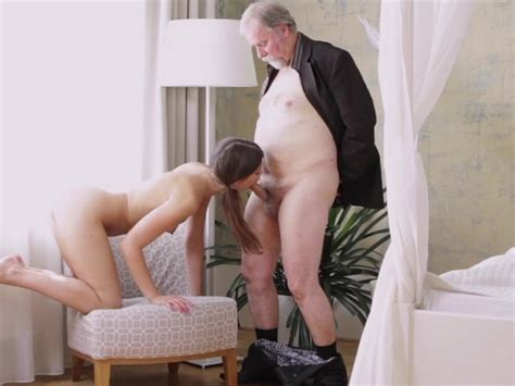 Sexy Czech Teen Girl Having Sex With Old Man For Helping