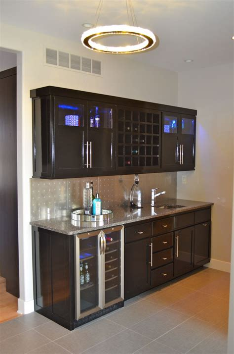 kitchen crown molding ideas 17 best images about small bar ideas on mini