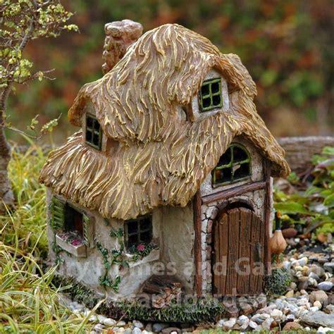 25+ Unique Miniature Houses Ideas On Pinterest Diy