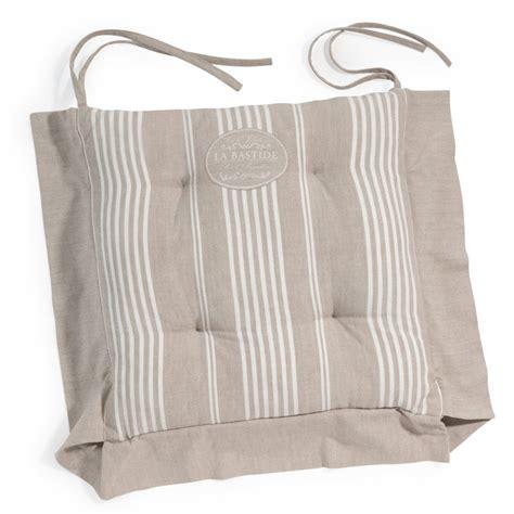 galette de chaise maison du monde galette de chaise à rayures en coton beige la bastide