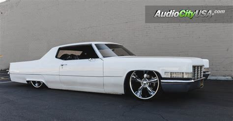 "1969 Cadillac Coupe Deville   22"" Dcenti Wheels DW19"