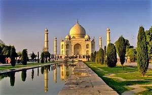 Taj Mahal - Desktop Wallpaper