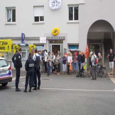 bureau de poste nantes nantes le bureau de poste de st joseph occupé par les