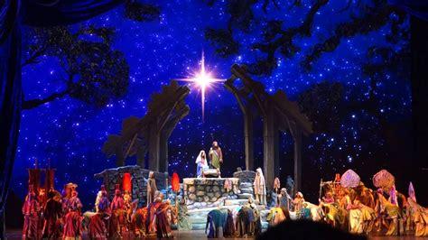 nativity sceneradio city  hall christmas