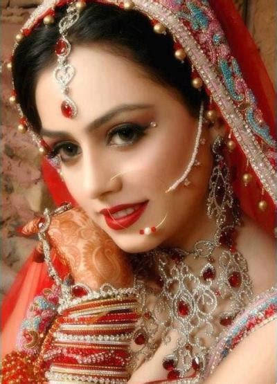 bridal hair style picture indian bridal maangtika designs 8418