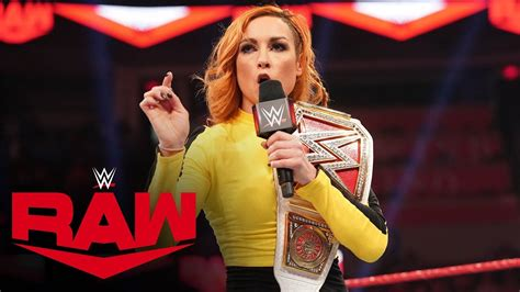 becky lynch reportedly signs  wwe deal worth  million