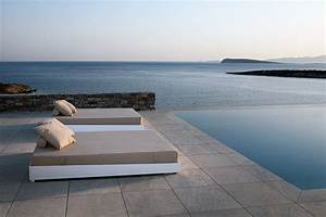Carrelage Tour De Piscine : comment bien choisir son carrelage ext rieur piscine ~ Edinachiropracticcenter.com Idées de Décoration