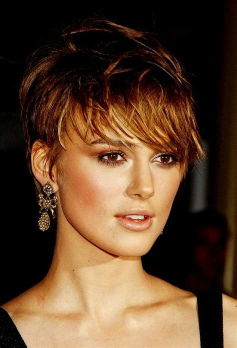 Short Layered Hairstyles Round Face   Hairstyles Ideas