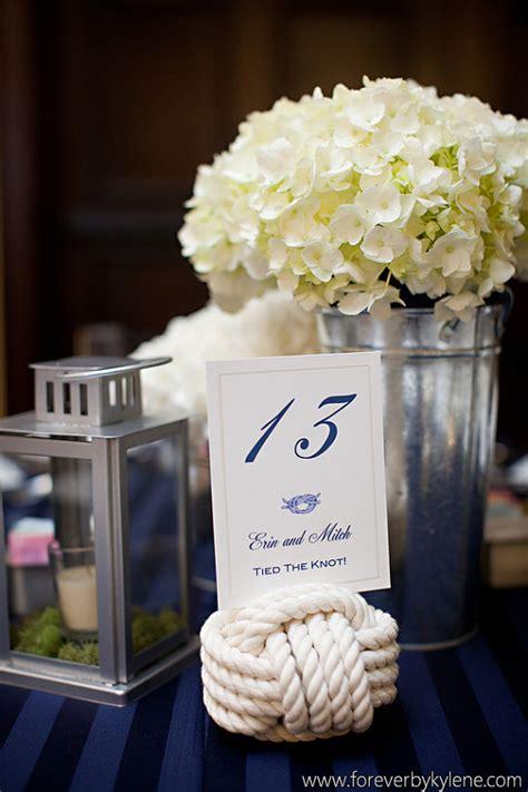 floral centerpieces   south florida wedding
