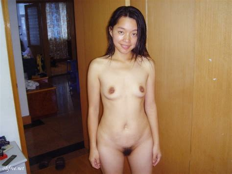 chinese wife shows her loose vagina stinky anus
