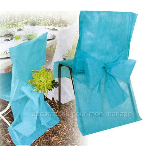 housse et noeud de chaise turquoise