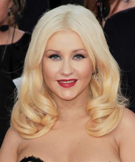 christina aguilera hairstyles   celebrity