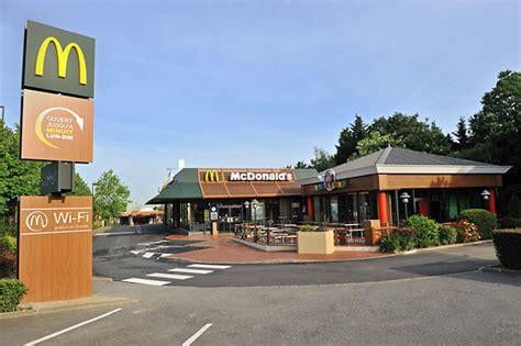 siege mcdo bienvenue dans votre restaurant mcdonald 39 s guyancourt