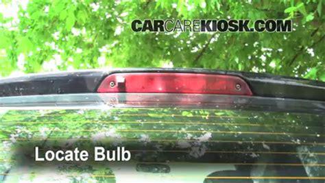 Brake L Bulb Fault Ford by Third Brake Light Bulb Change Ford Focus 2005 2007