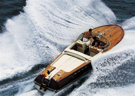 Riva Classic Wooden Boats by Riva Classic Boats Seabuddy On Boats
