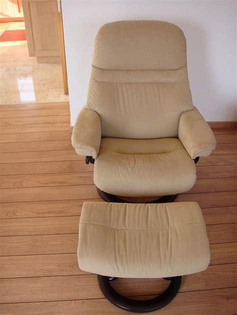 siege stressless fauteuil avec pouf stressless tissus beige à vendre