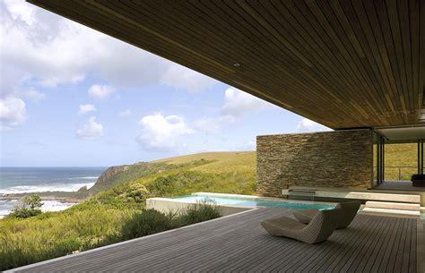 contemporary vacation home cove  designed  saota