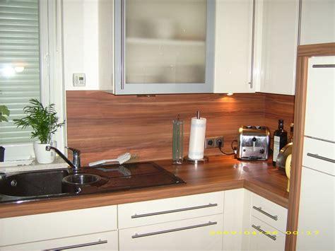 Fliesen Holzoptik Küche Warme Küche Fliesenspiegel