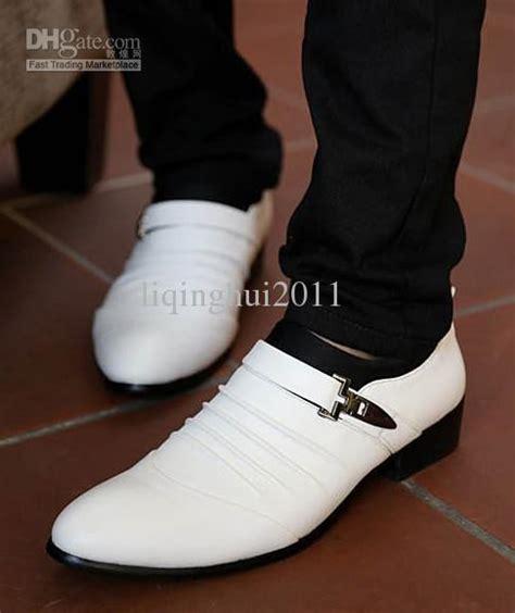 Fashion New White Dress Shoes Men Casual Groom