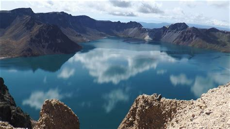 Photos Of Crater Lake Oregon File Baekdu Mountain 白頭山 長白山 天池カルデラ湖 Tenchi Caldera Lake Jpg Wikimedia Commons