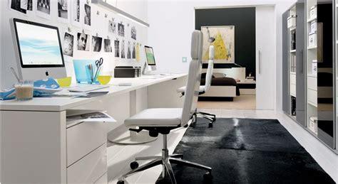 buat ruang kerja  rumah nyaman  modern informasi