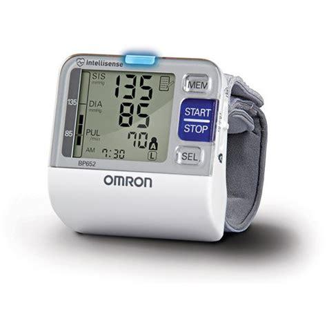 Best Blood Pressure Monitors 2020 (Wrist/ Upper arm) For