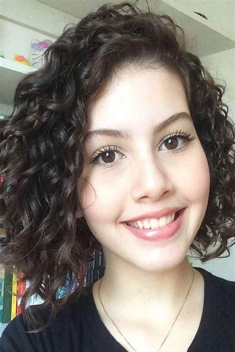 coiffure cheveux bouclés court nouvelle tendance coiffures pour femme 2017 2018 18 233 l 233 gants cheveux boucl 233 s courts looks