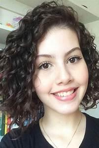Cheveux Court Bouclé Femme : nouvelle tendance coiffures pour femme 2017 2018 18 l gants cheveux boucl s courts looks ~ Louise-bijoux.com Idées de Décoration