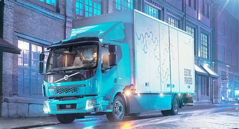volvos making electric trucks   carscoops