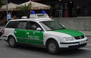 Vw Stuttgart Vaihingen : photo germany vw passat variant city of stuttgart police department foreign submissions ~ Eleganceandgraceweddings.com Haus und Dekorationen