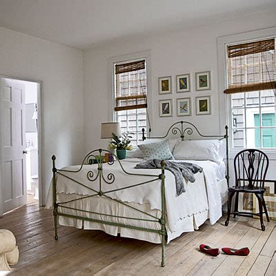 Dallas Cowboys Room Design Ideas by Cottage Guest Bedroom Vintage Cottage Decorating Ideas