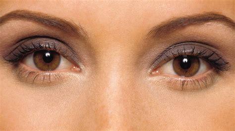 making  gorgeous eyes   beautiful makeup tips   eye color