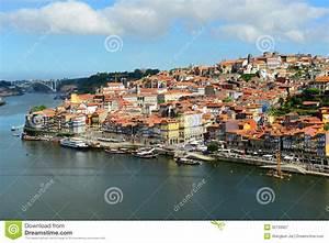 Altes Haus In Portugal Kaufen : stadt fluss ansicht porto alte porto portugal ~ Lizthompson.info Haus und Dekorationen