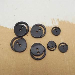 Video Bouton Noir : bouton corne clown noir 15 25mm buttons paradise ~ Medecine-chirurgie-esthetiques.com Avis de Voitures