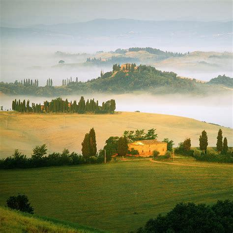 tuscan landscapes tuscany redvelvetandwhiskey