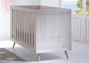 Lit Commode Bébé : chambre de b b chambre d 39 enfant design scandinave chez ~ Teatrodelosmanantiales.com Idées de Décoration