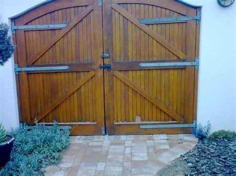 custom doors dryden doors  manufactureand install