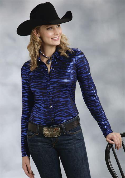 Roperu00ae Womenu0026#39;s Blue Shiny Animal Print Long Sleeve Snap Western Show Shirt